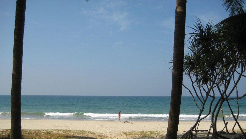 ngwe_saung_beach_19