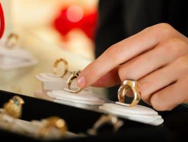 bagues de fiançailles intemporelles